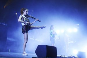 lindsey-stirling-performs-at-eventim-apollo-in-london-04-03-2017