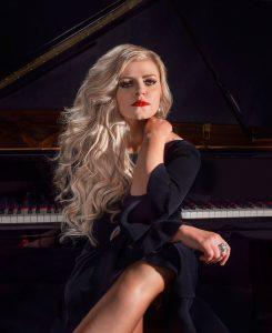 Jennifer-Thomas-piano