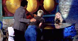 Ashley Hess – American Idol – 2